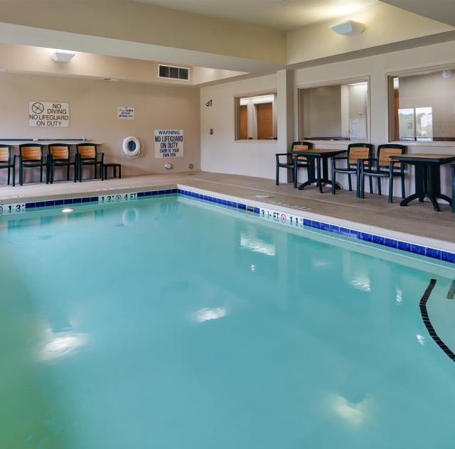Best Western Indoor Pool