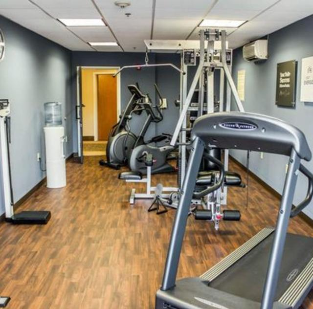 Comfort Suites Clayton Fitness Room
