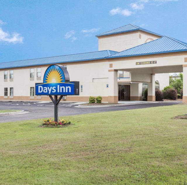 Days Inn Selma Exterior