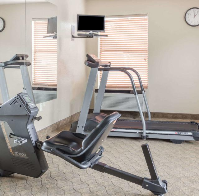 Days Inn Selma Fitness Room