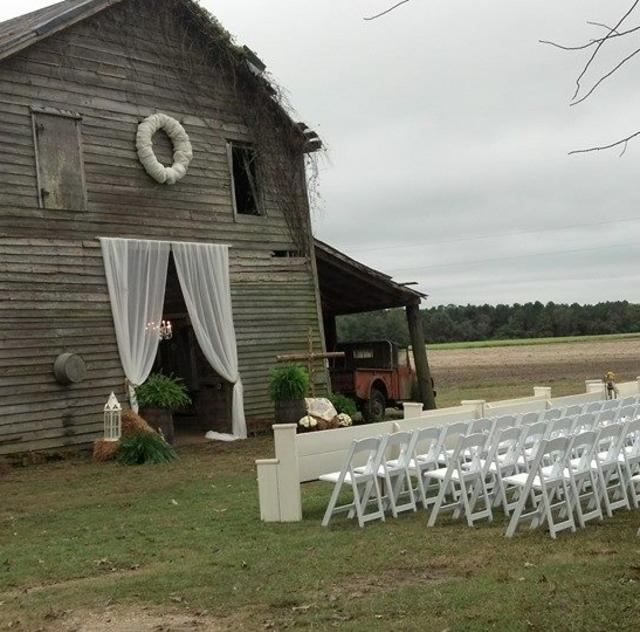Southern Charm Weddings Barn