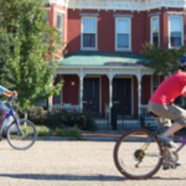 Riders enjoy historic homes in Church Hill