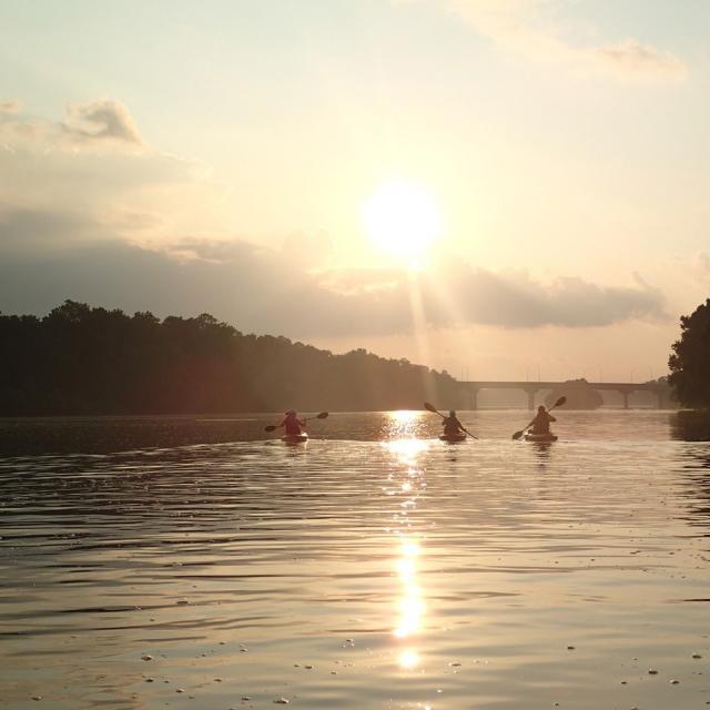 NEW Kayak Richmond