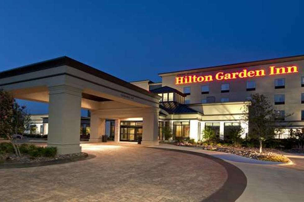 hilton garden inn alliance airport