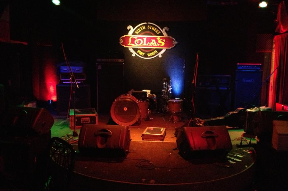 Lola's Saloon