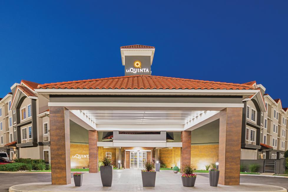 La Quinta Inn & Suites - Fort Worth North Exterior