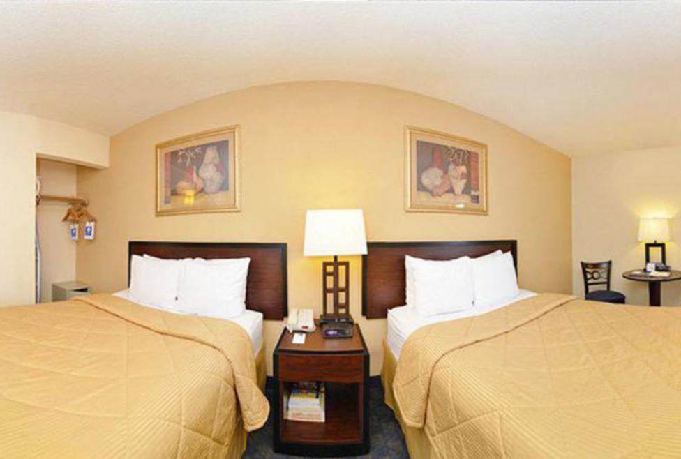 Comfort Inn & Suites DFW Airport South - Double