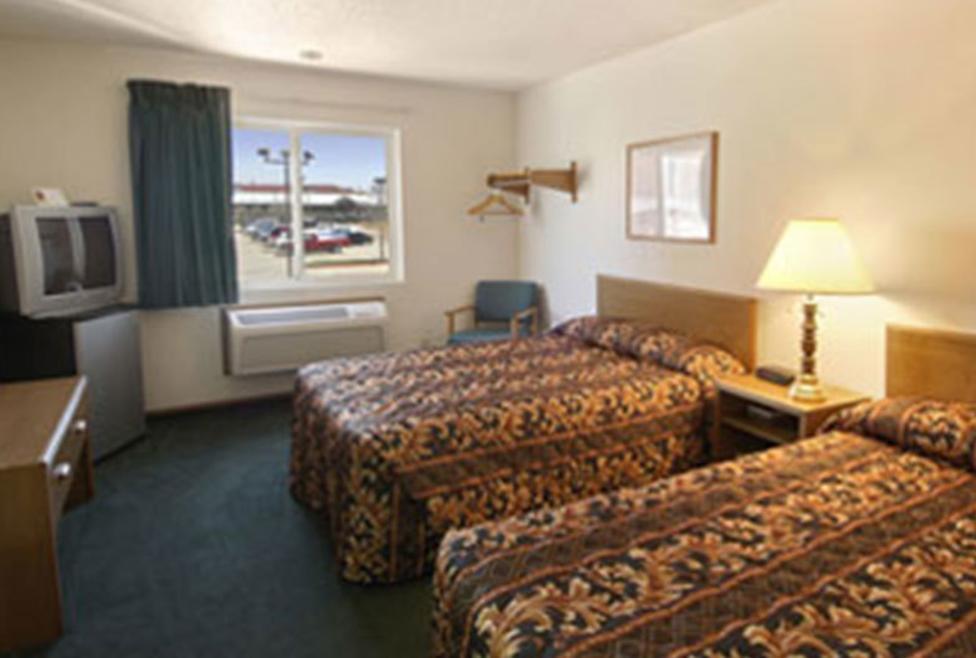 Super 8 Motel - DFW South - double