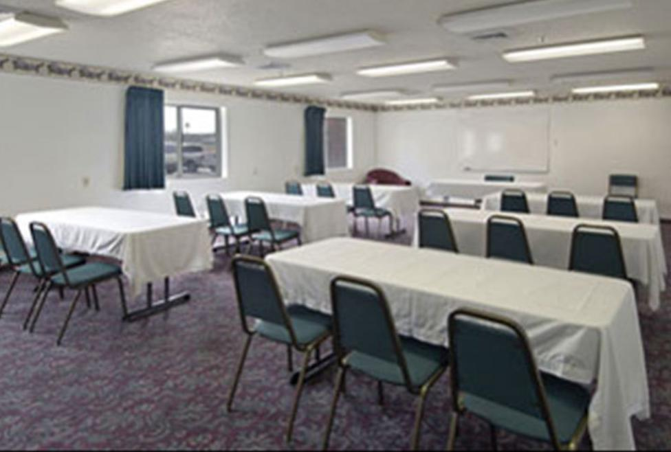 Super 8 Motel - DFW South - meeting