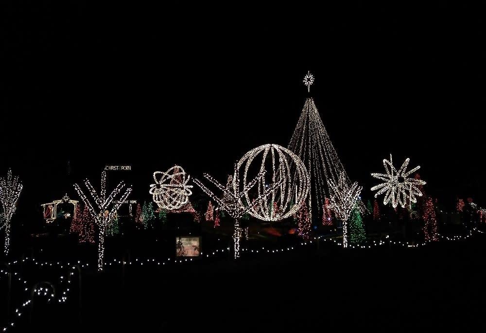 Lake Myra Christmas Lights
