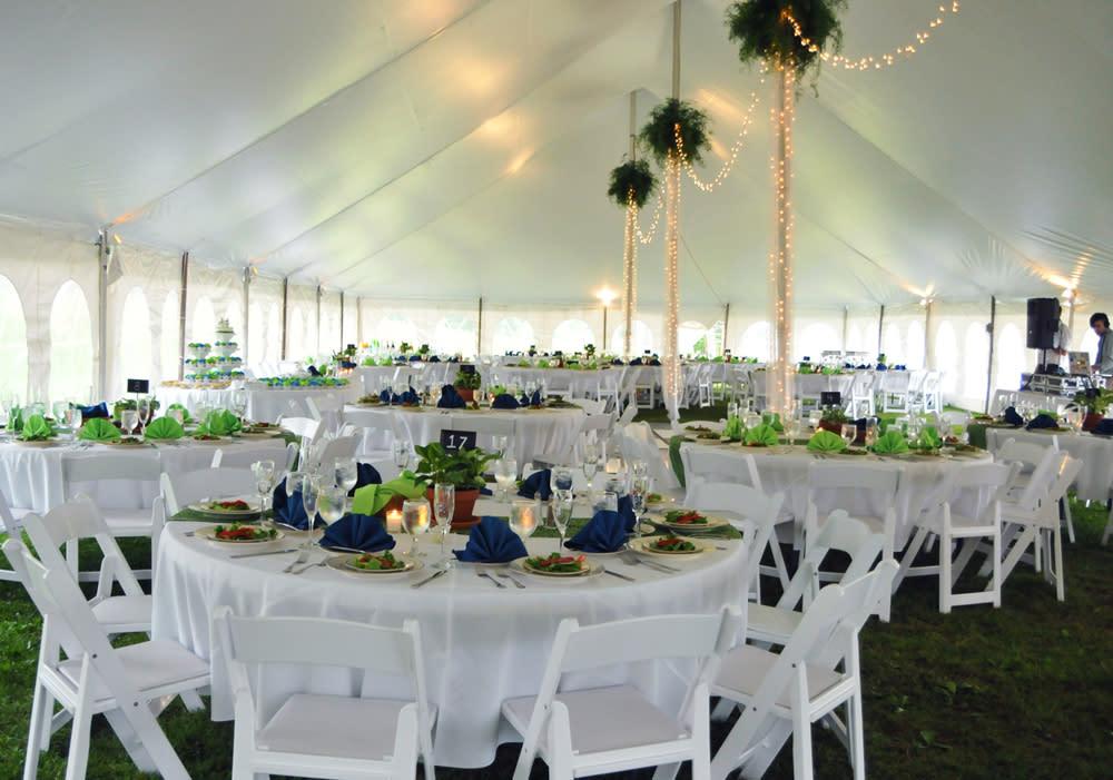 Outdoor Wedding Reception at Trout Lake Retreats