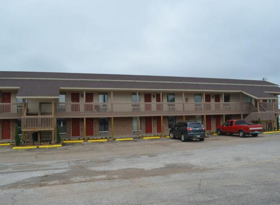 Granbury Inn and Suites