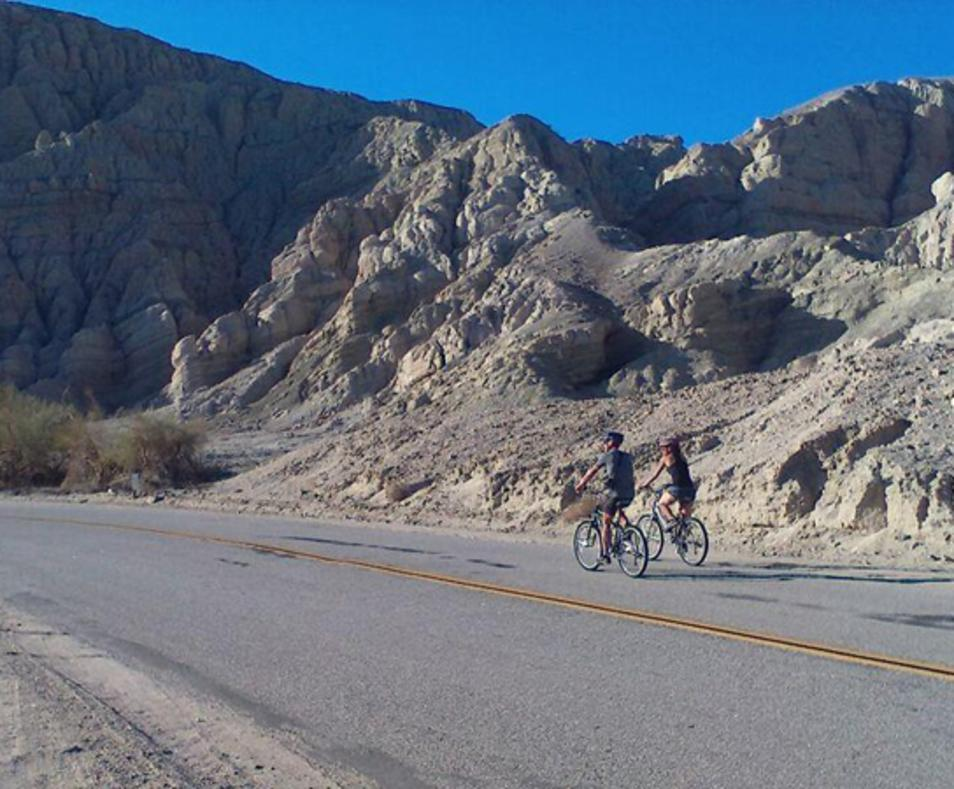Earthquake Canyon tour