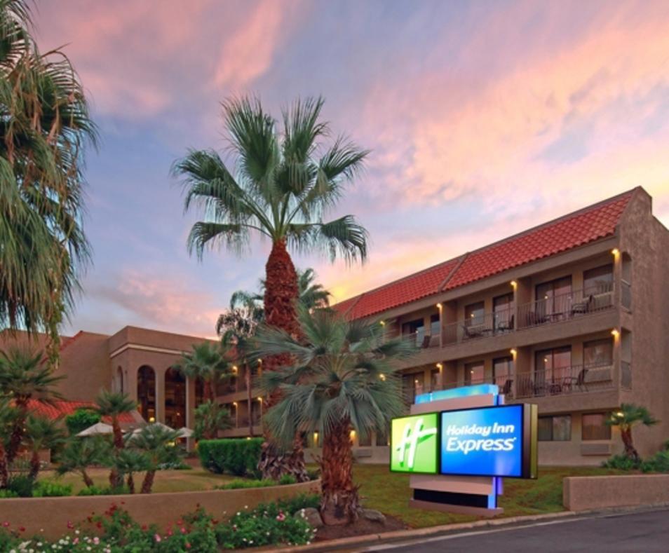 Holiday Inn Express / Palm Desert