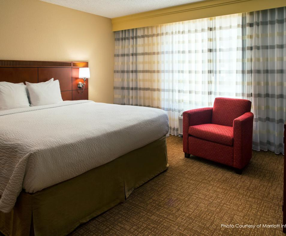 Courtyard by Marriott PS King Bed