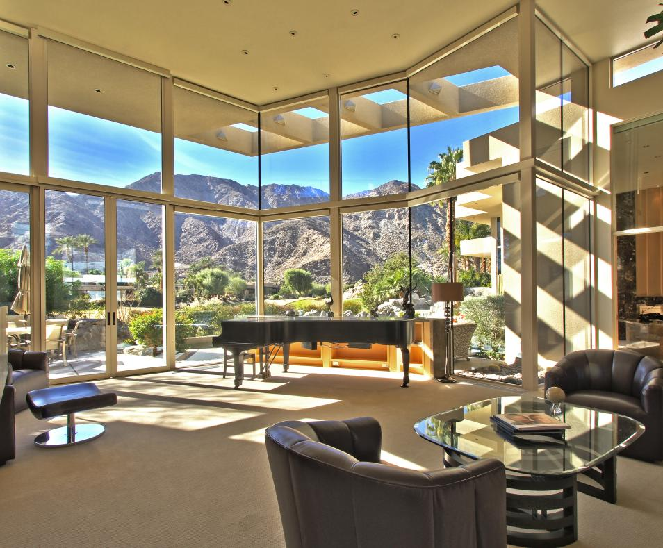 Living Room and Mountains