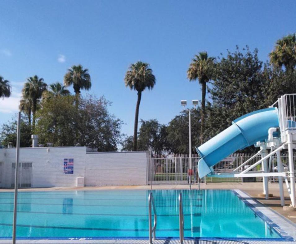 Pawley Pool Family Aquatic Complex