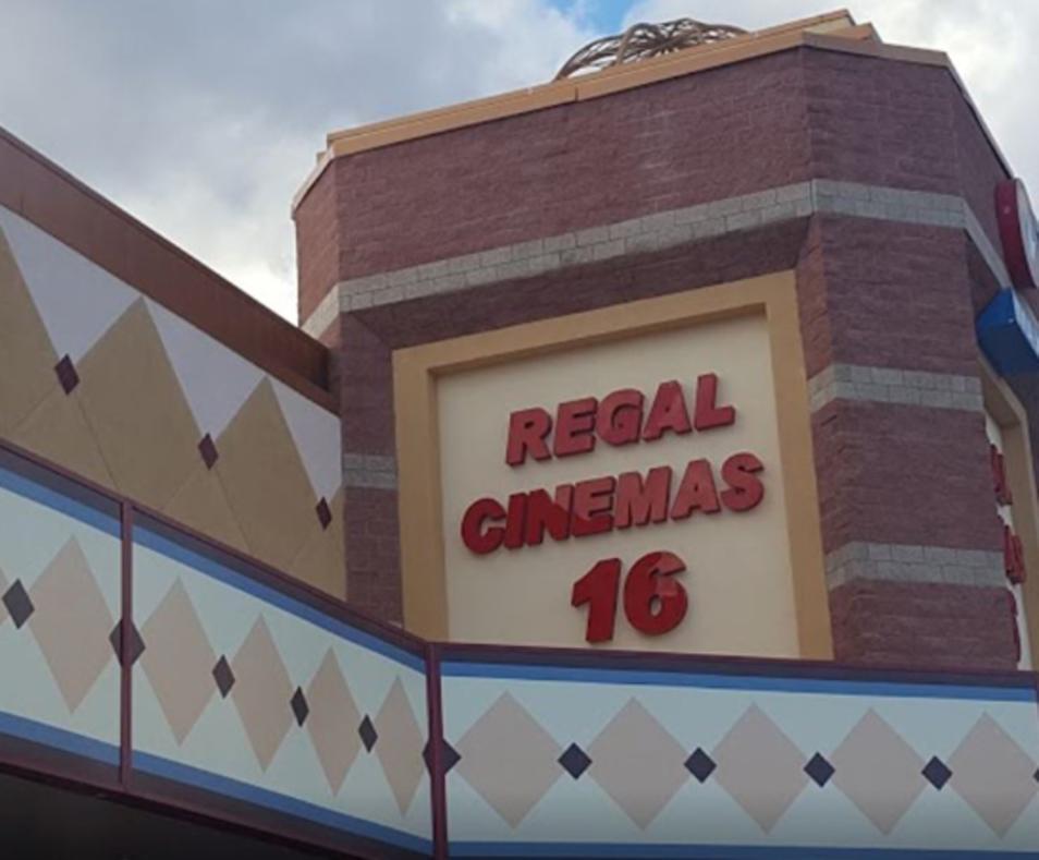Regal Rancho Mirage Stadium 16 & IMAX