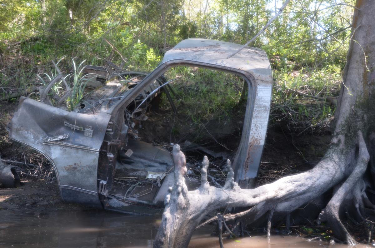 Bayou Vermilion Excursion: Abandoned Car