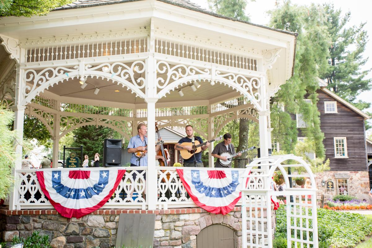 Celebrate one of summer's favorite fruits with a weekend full of treats and swinging country music during the Bluegrass & Blueberries Festival at Peddler's Village!