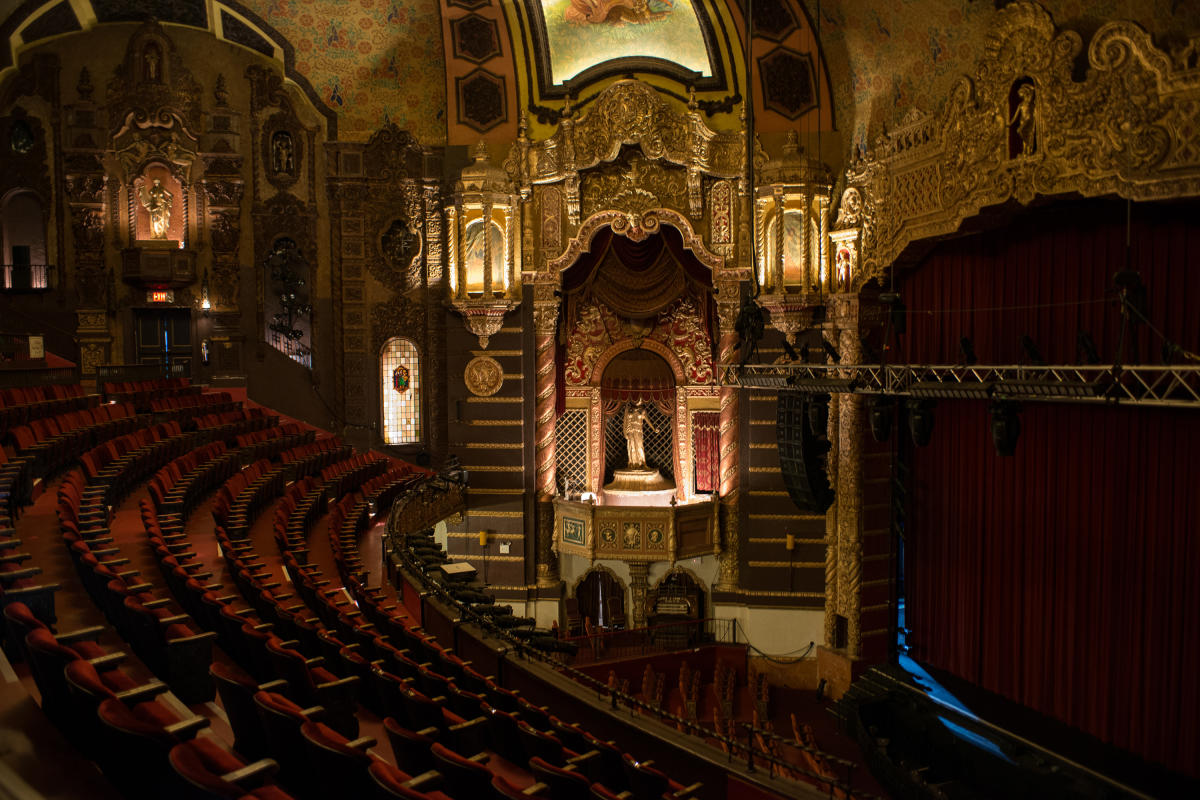 St. George Theatre. Photo by Julienne Schaer.