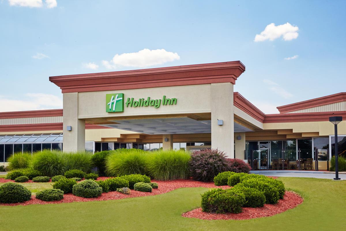 Center At Holiday Inn Exterior 01 Discover Lehigh Valley