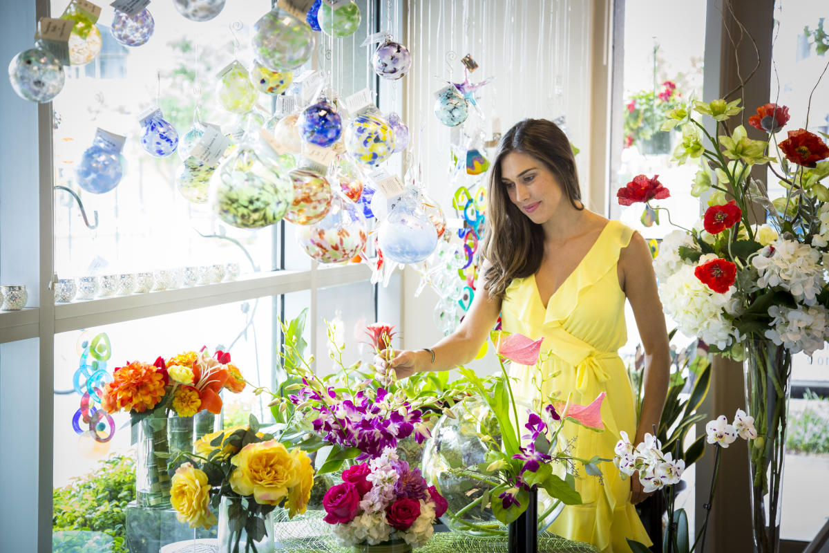 Eclectic Design Flowers and Gifts