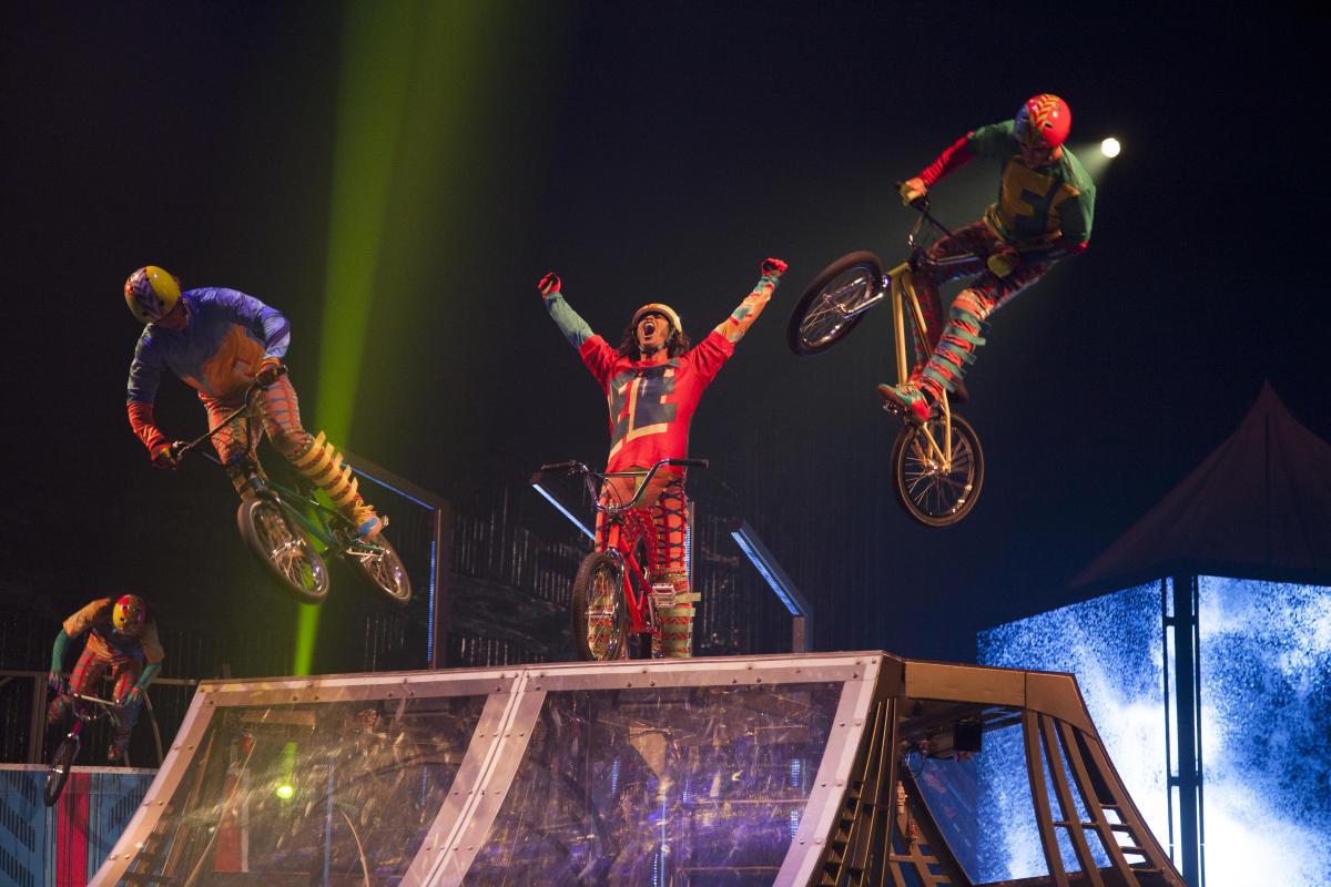 Cirque du Soleil VOLTA Photo Credit Patrice Lamoureux Costumes by Zaldy