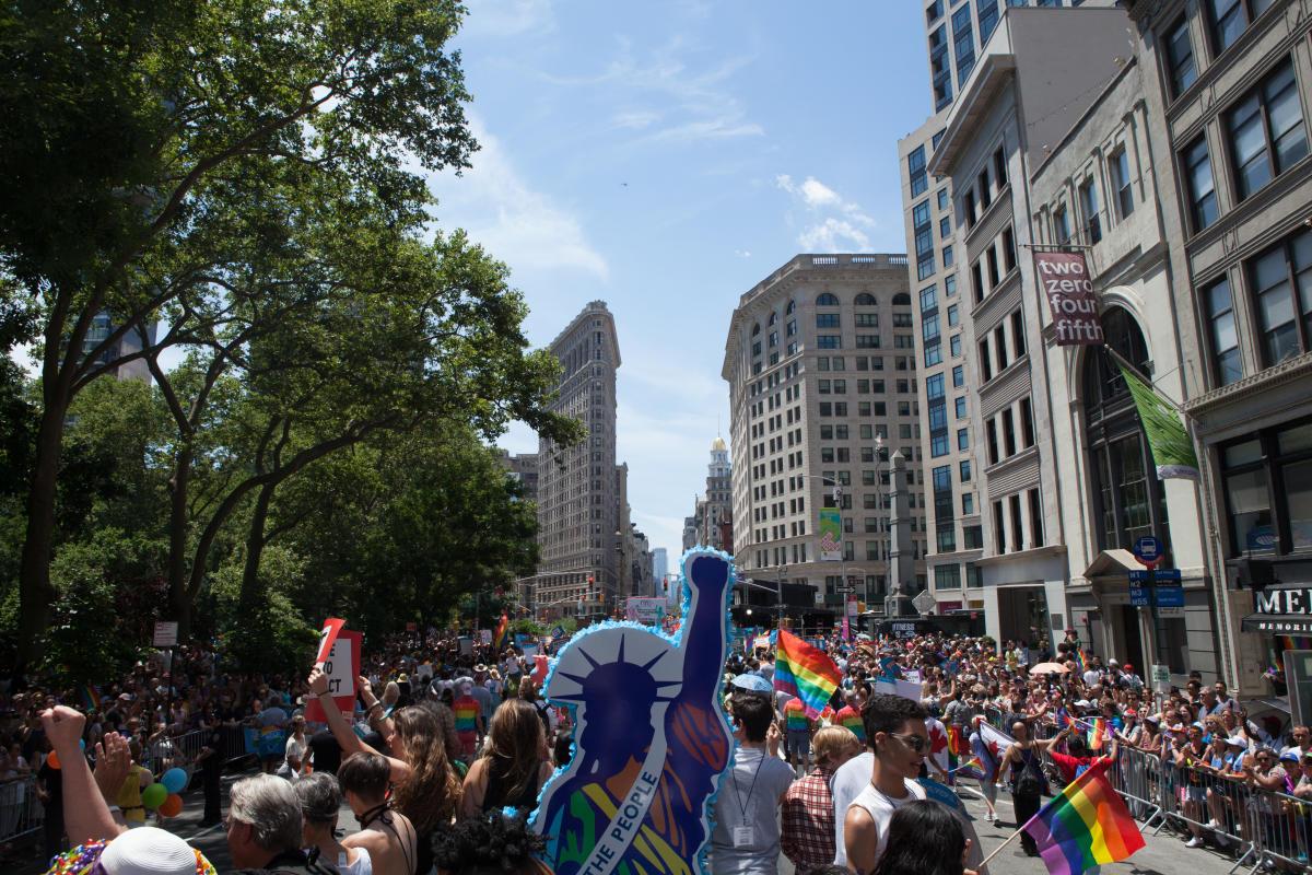 Pride-Parade-Flatiron-Manhattan-NYC-Patrice -Helmar0164