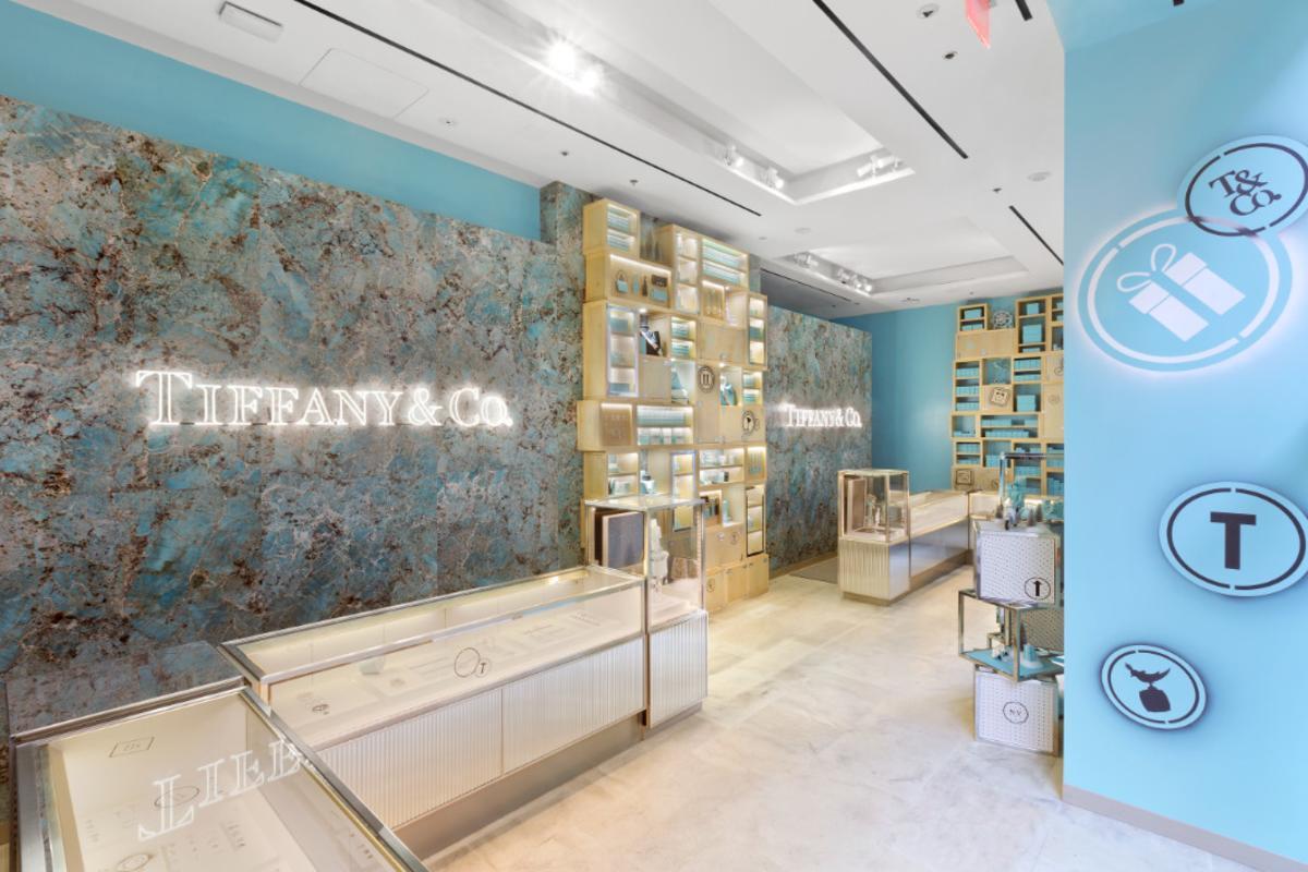 tiffany & co, popup, rock center,interior