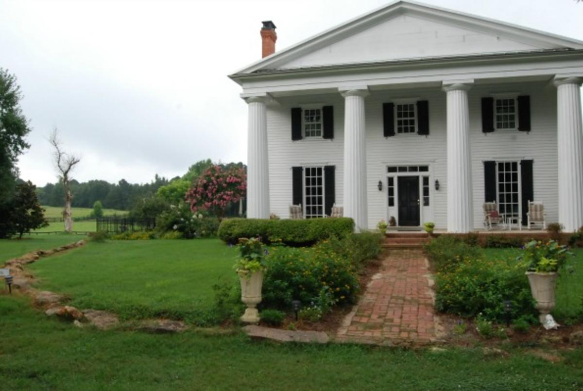 The Colonels Bed and Breakfast