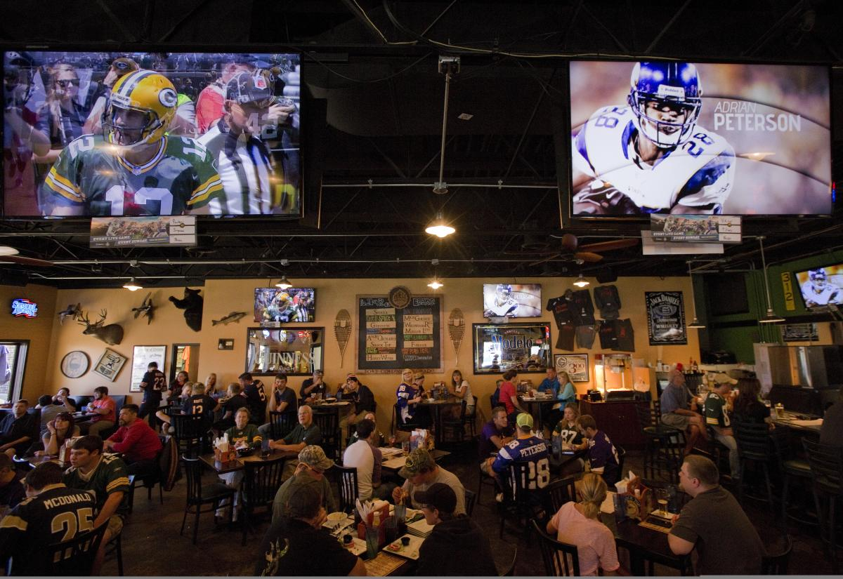 Wildwood Sports Bar & Grill in Rochester, MN
