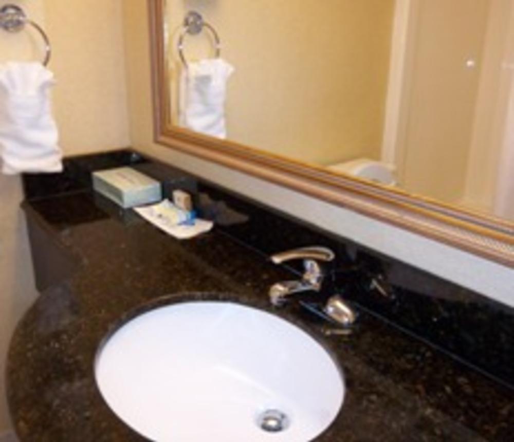 Bathroom Pictures 300x200.jpg