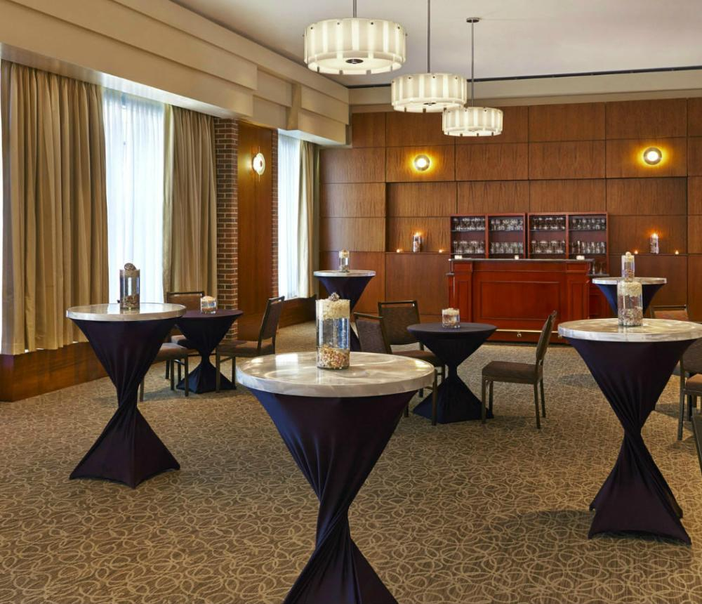 Crescent Room | Reception Style