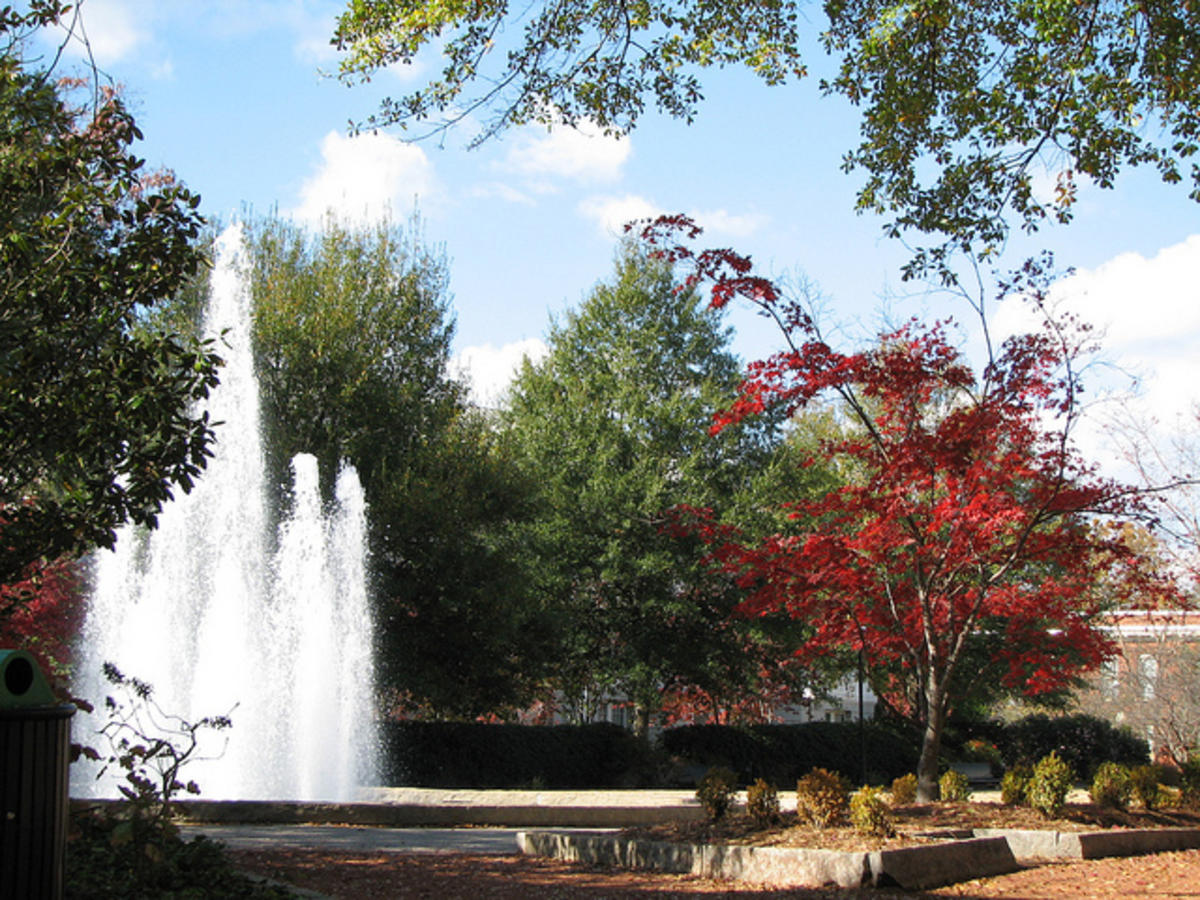 The Fountain on North Campus during the fall.