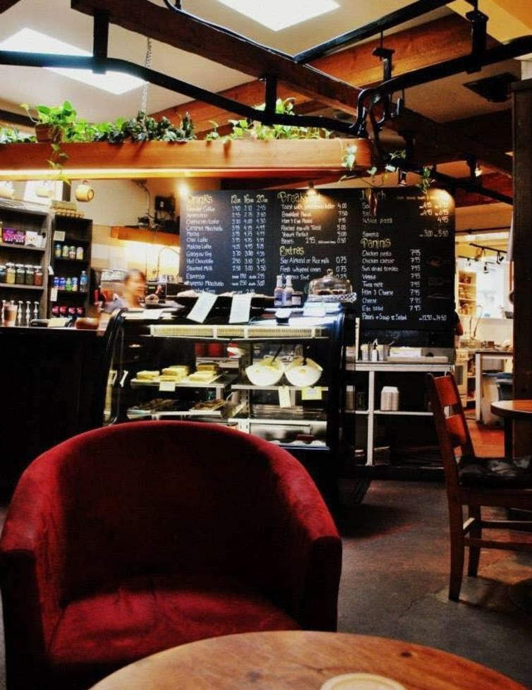 Lake Country Coffee House