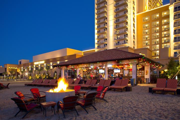 Cadillac Beach Bar at Golden Nugget
