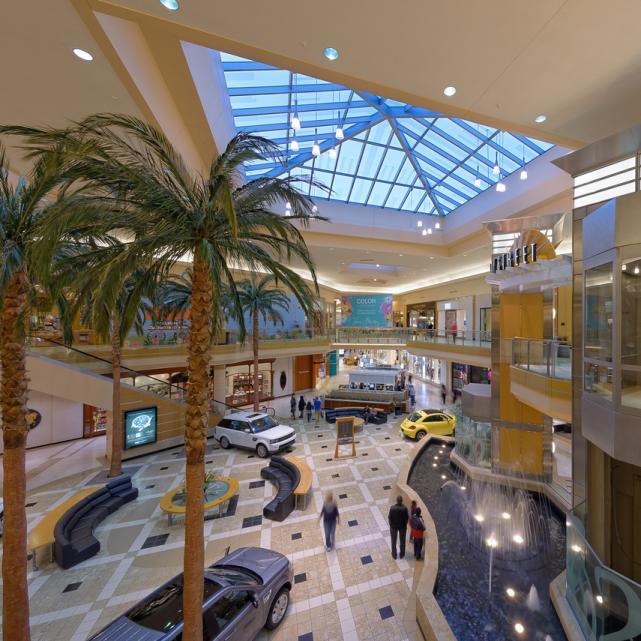 International Plaza Passport to Shopping
