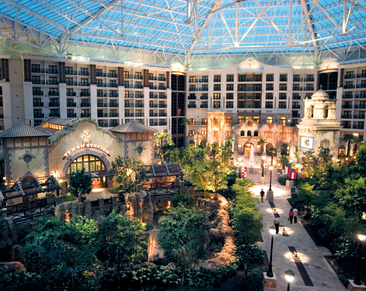 Gaylord Texan Resort Hotel And Convention Center