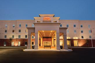 Hampton Inn Suites Wilmington A