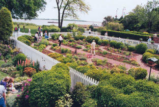 Read House U0026 Gardens