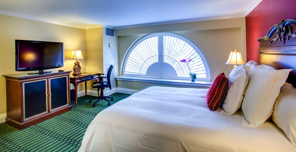 bourbon orleans new orleans hotel collection. Black Bedroom Furniture Sets. Home Design Ideas