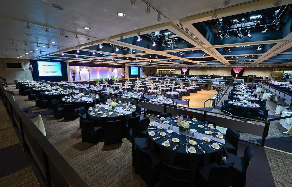 Empire state plaza convention center for Plaza motors albany ny