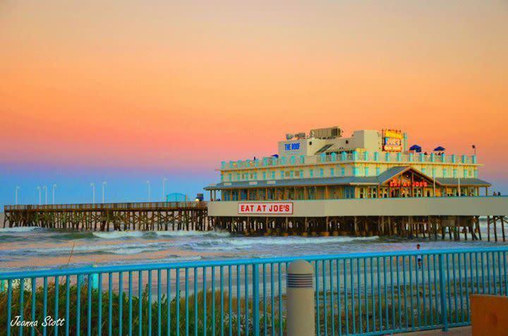 Joes Crab Shack Daytona Beach Pier