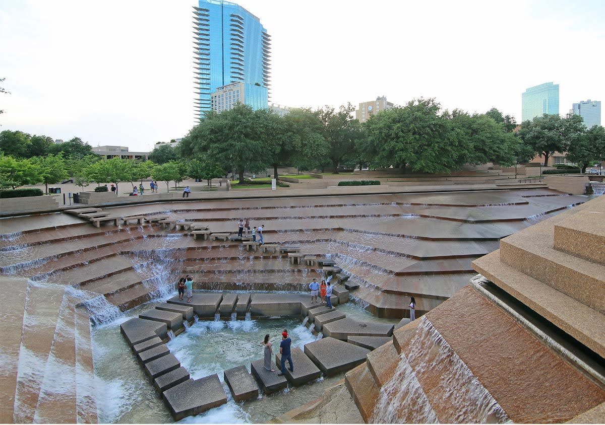 Beau Fort Worth Water Gardens