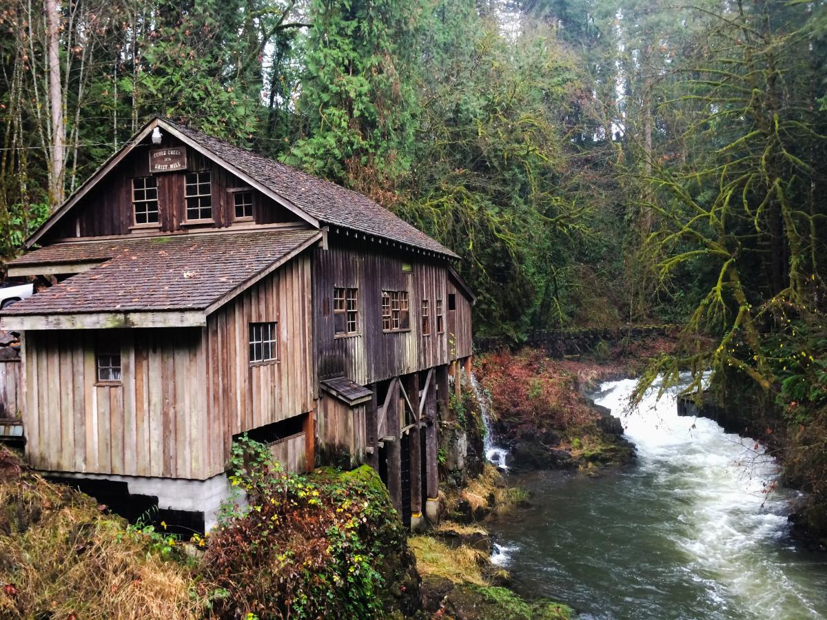 Cedar creek grist mill treat day for The cedar mill