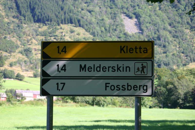 Hike To Lake Myrdalsvatnet