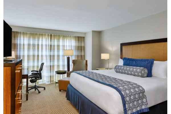 Westshore Grand guestroom