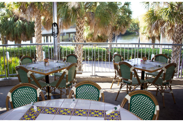 Columbia Cafe - Waterfront Dining for lunch and dinner