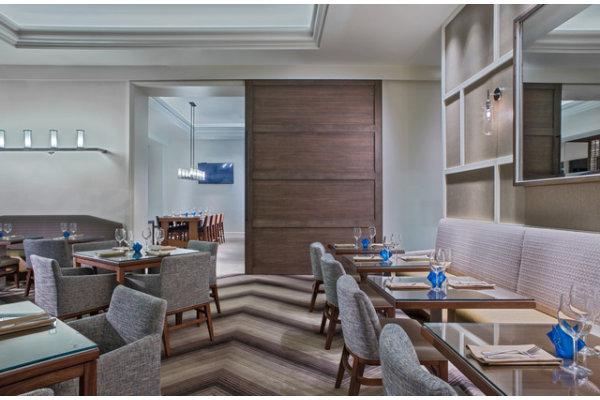 1823 Kitchen & Bar Restaurant